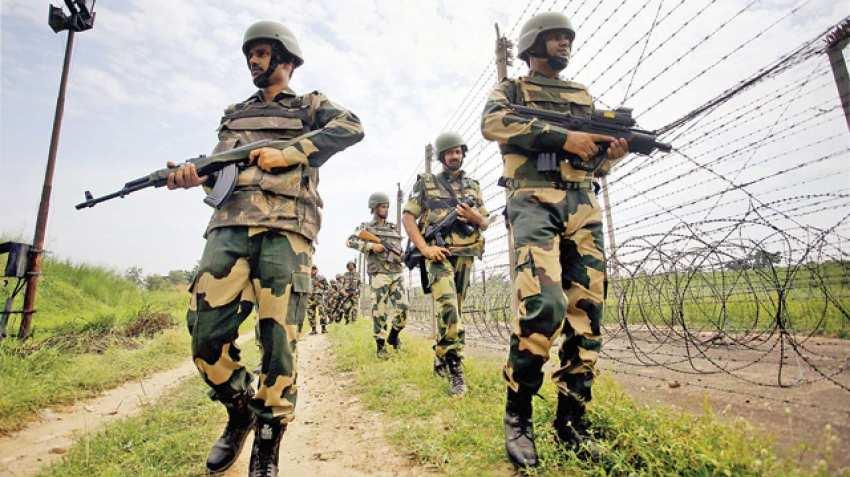 Photo of 10वीं पास तत्काल करे आवेदन:- BSF Recruitment सीमा सुरक्षा बल भर्ती कांस्टेबल GD पदों के लिए भर्तियां प्रकाशित…